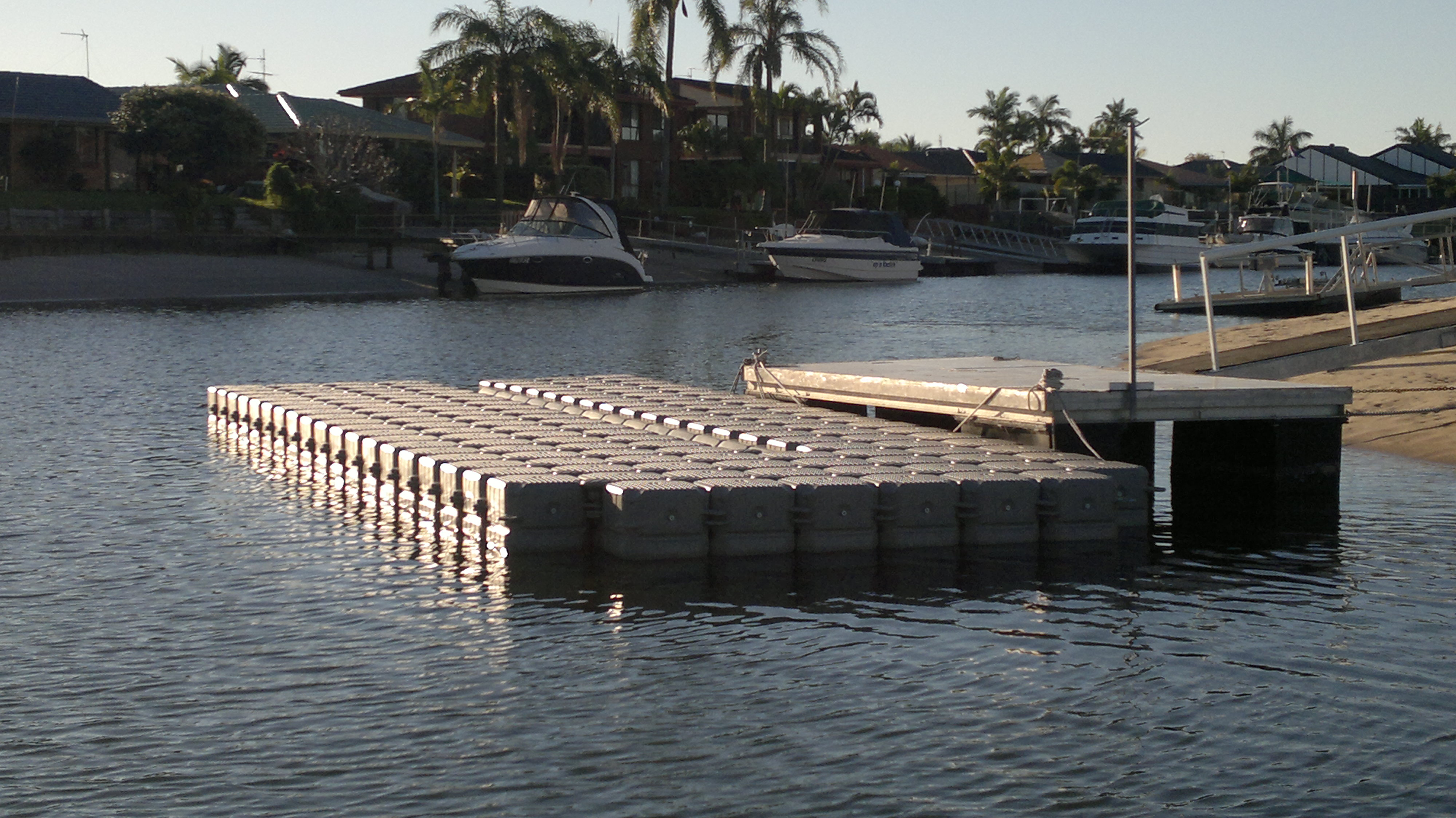 floating dock gold coast
