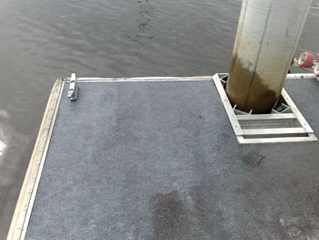 pontoon cleaning gold coast